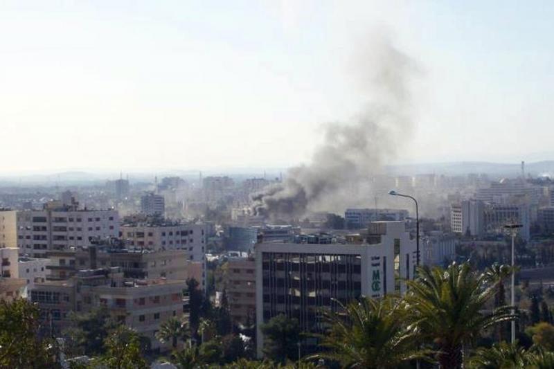 Sirijoje per sprogimus žuvo 27 žmonės