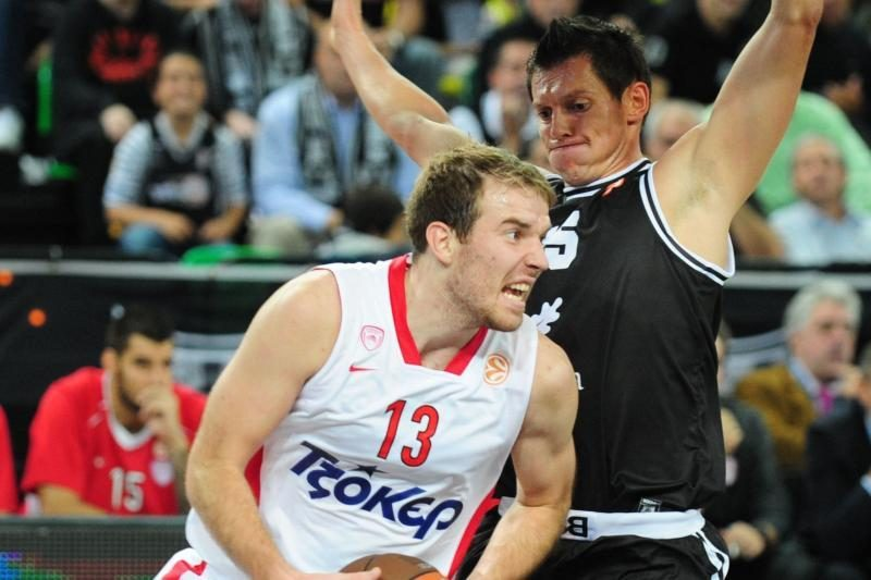 """Graikijos žiniasklaida: M.Gecevičius veikiausiai paliks """"Olympiacos"""""""