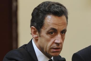 Sarkozy sutepė Prancūzijos vėliavą