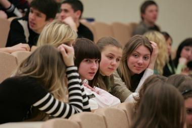 Šiaulių ir Klaipėdos universitetai daugiau studentų tikisi dėl brangstančių studijų Britanijoje