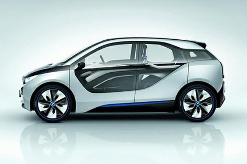 "BMW pradėjo elektromobilio ""i3"" testavimo darbus"