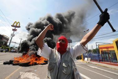 Hondūre per išpuolį batų fabrike žuvo mažiausiai 18 žmonių