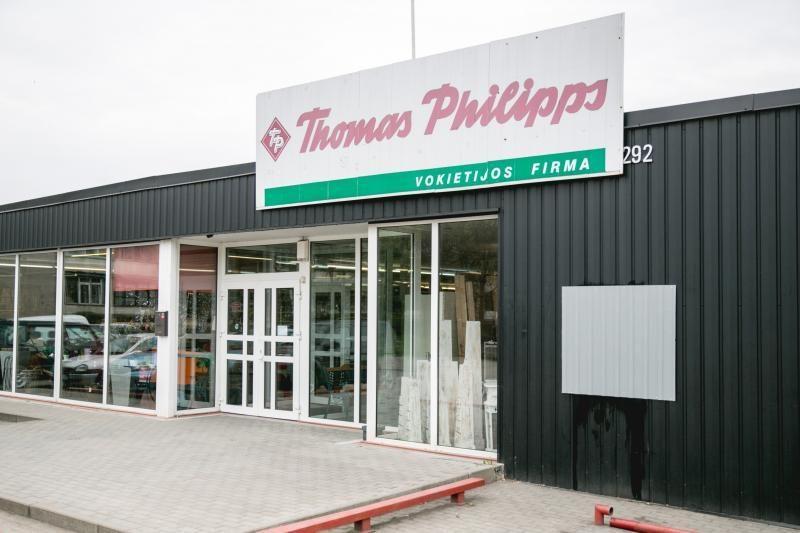 """Vagys apšvarino """"Thomas Philipps"""" parduotuvę Kaune"""