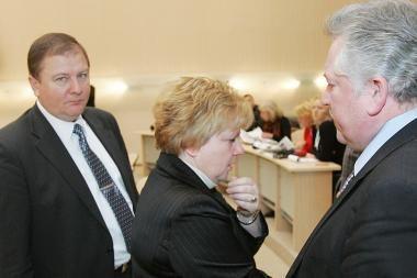 Kauno savivaldybės darbuotojams vėluoja atlyginimai (dar papildyta)