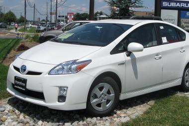 """Toyota """"Prius"""" tapo Japonijos metų automobiliu"""