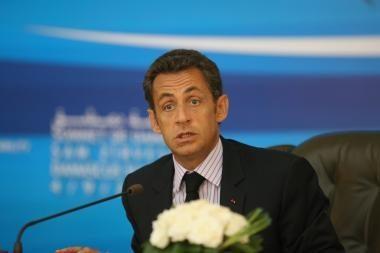 N.Sarkozy bandys taikyti Maskvą ir Tbilisį