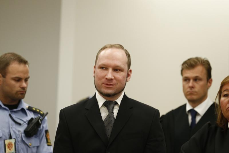 Pusė bilietų į spektaklį apie A. Breiviką jau išpirkta
