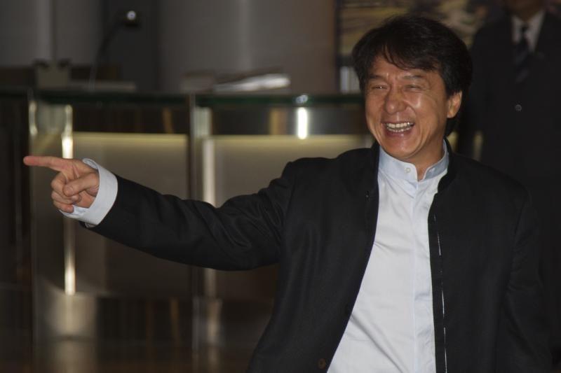 """Honkongo aktorius J.Chanas pavadino JAV """"labiausiai korumpuota"""" šalimi"""