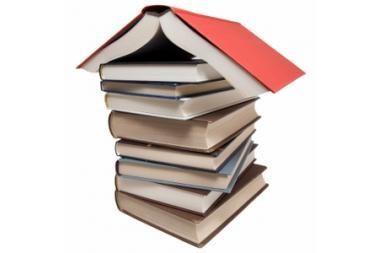 Aukcionuose knygos pigesnės