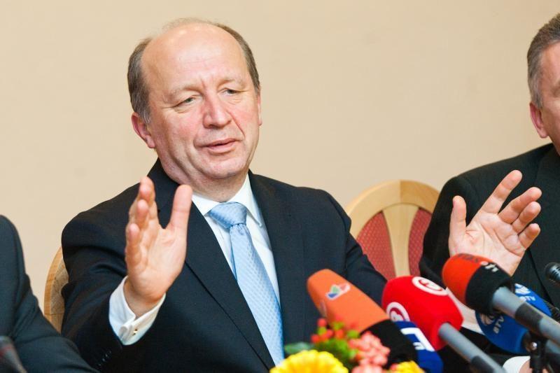 """Vyriausybėje – neskelbtas A.Kubiliaus ir """"Gazprom Export"""" susitikimas"""