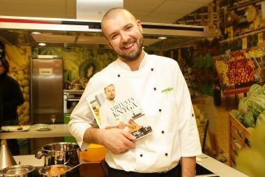 Šefas Linas Samėnas pristatė 80 receptų knygą