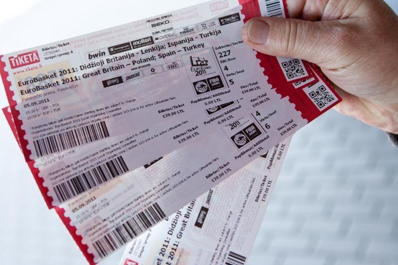 Kova su bilietų perpardavinėtojais – tik dėl akių