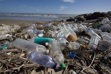 Plastikinius butelius – į supirktuves