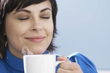 Nuo kavos mažėja krūtys?