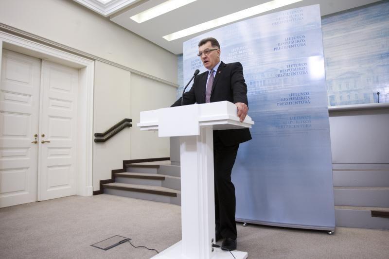 Premjeras pažėrė kritikos didžiųjų miestų savivaldybėms dėl lėtos renovacijos
