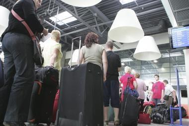 Dėl ugnikalnio dulkių neišvykę keleiviai gali prašyti kompensacijų