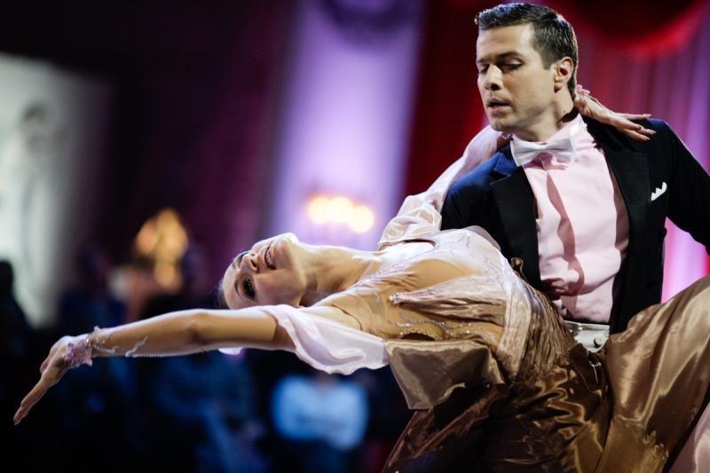 Stipriai sumuštas šokėjas D. Dimša – vėl scenoje