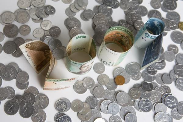 Baltijos šalių bankai dar grims