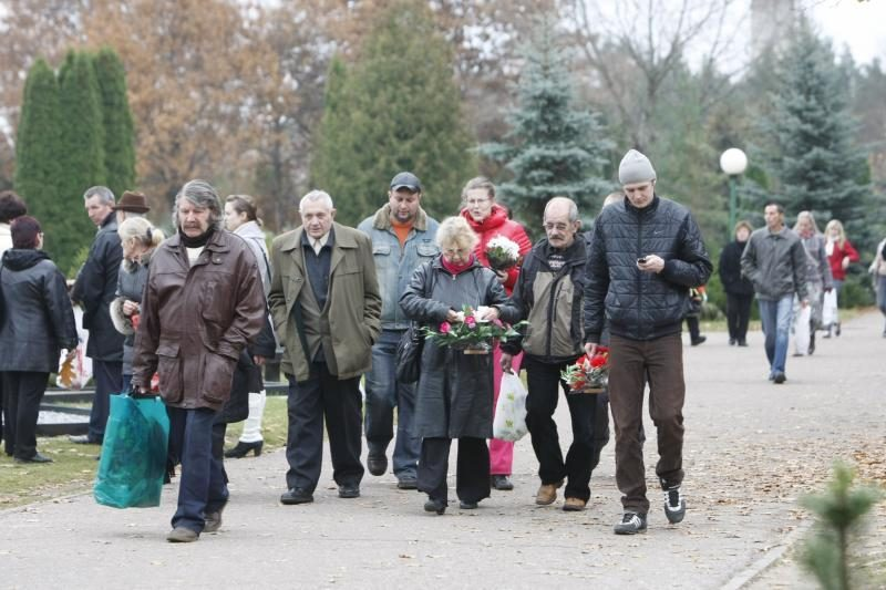 Lėbartų kapinėse – minios klaipėdiečių