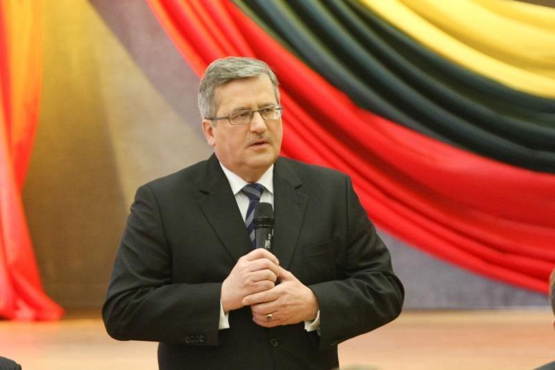 B.Komorowskis: Lenkija nori atkurti kuo geresnius santykius su Lietuva