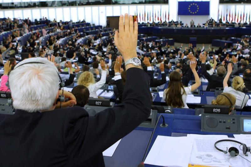 ES finansinės pagalbos planas turi būti ratifikuotas iki metų pabaigos