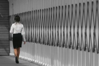 Daugiau moterų žengia į verslą