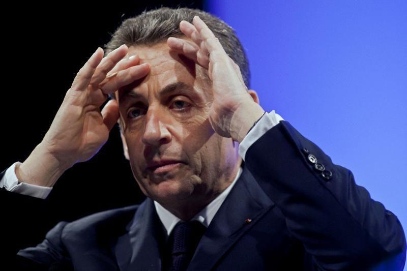 F.Hollande'as pirmajame rinkimų ture nugalėjo N.Sarkozy