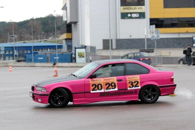 Sekmadienį Vilniuje rungėsi net trys vairuotojų kategorijos (foto)