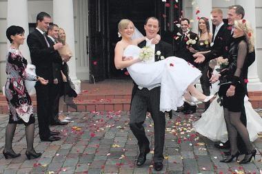Nežadama greitai pripažinti ambasadose Airijoje sudarytų santuokų