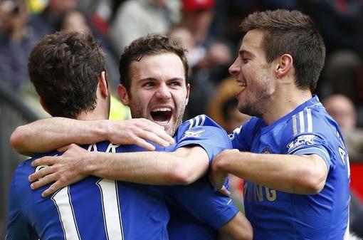 """""""Chelsea"""" pačioje mačo pabaigoje iškovojo svarbią pergalę prieš MU"""