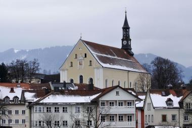 Teismo sprendimo nepaisęs kunigas pedofilas nušalintas nuo pareigų (papildyta 16.10 val.)