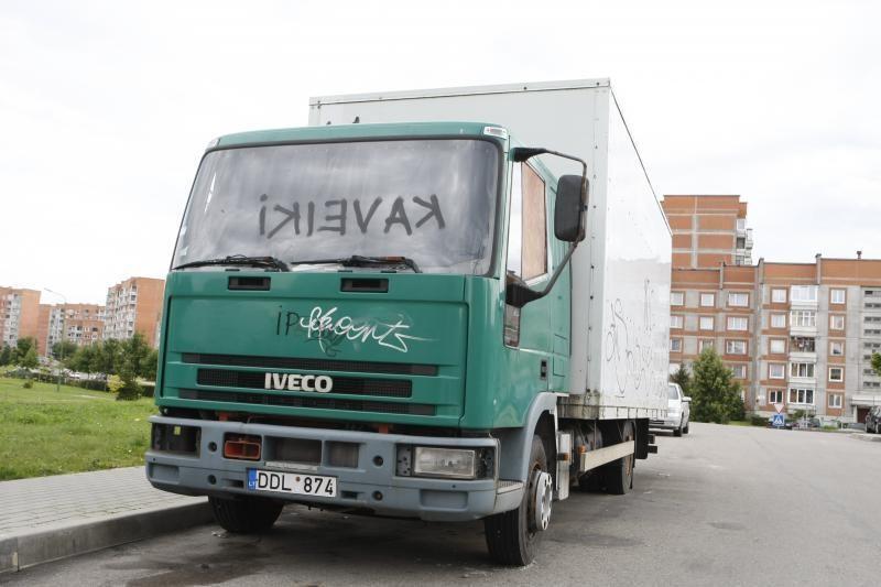Už 24 važiavimus į Ženevą ir atgal – per metus kone 300 tūkst. litų