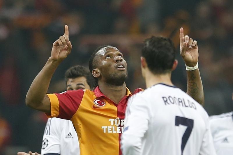 """""""Real"""" Stambule antausio neišvengė, tačiau keliauja tolyn"""