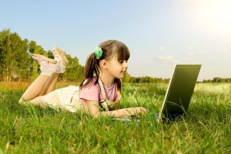 Vis daugiau vaikų pinigus taupo technologijoms