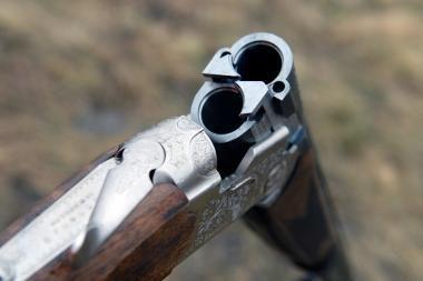 Žmonai ginklu grasinęs vyras nusišovė pats