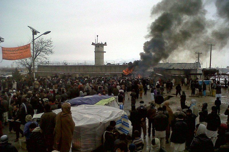 """Afganistane dėl Korano """"deginimo"""" kilo protestai"""