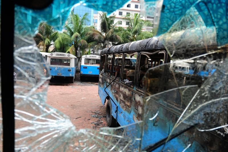 Bangladeše policijai susirėmus su islamistais žuvo 22 žmonės