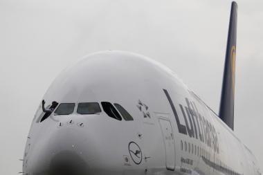 """Lufthansai"" pristatytas pirmasis orlaivis ""Airbus A380"""