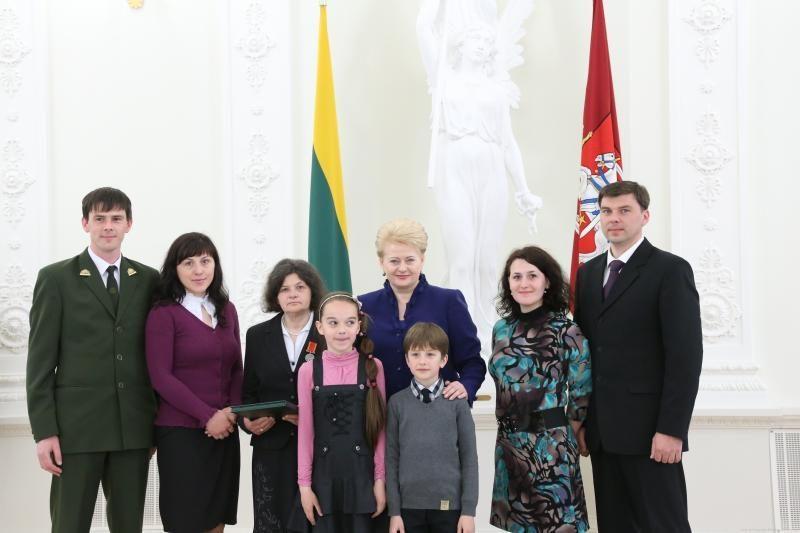 D. Grybauskaitė: gausios ir darnios šeimos stiprina valstybę