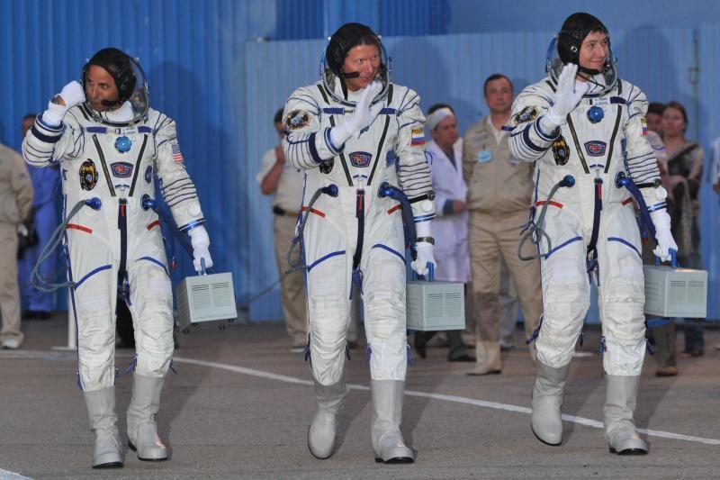 Rusijos kosminis laivas susijungė su TKS po šešių valandų skrydžio