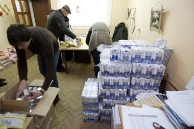 """Šiemet """"Maisto bankas"""" išdalino virš 133 tūkst. maisto paketų"""