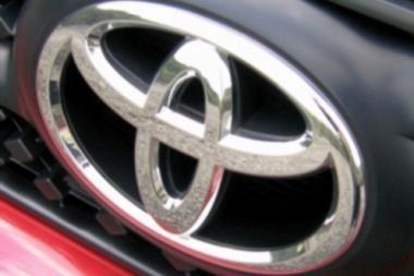 """Kinai kaltina """"Toyotą"""" nelegalia prekyba"""