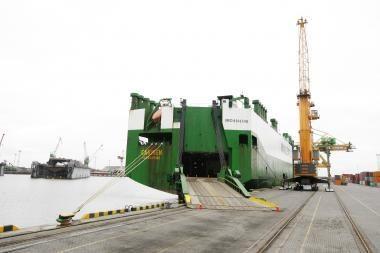 Automobilius gabenančius laivus į Klaipėdą vilios nuolaidomis