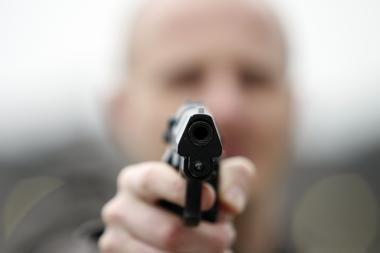 Ginkluoti užpuolikai apiplėšė klaipėdietį