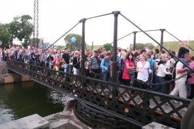 Jūros šventė:  linksmybių įkarštyje prie piliavietės nuskendo vilnietis (papildyta)