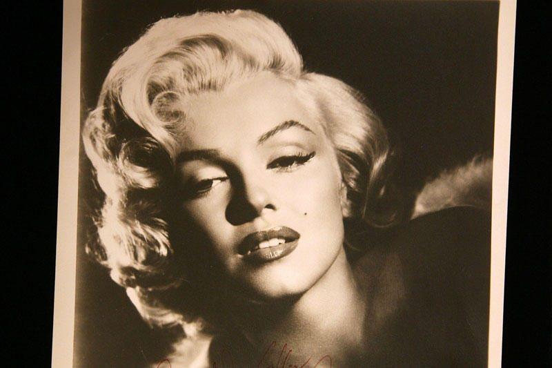 Antradienio vakarą pramogų pasaulio žvaigždės leido su M.Monroe