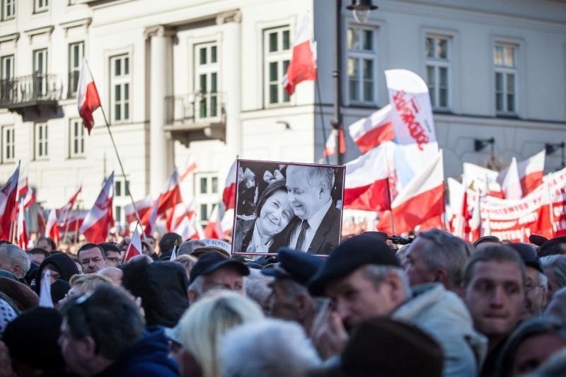 Lenkijos prezidento lėktuvas buvo susprogdintas?