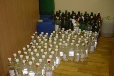 Alkoholio sandėlį įrengė nuomojamame garaže