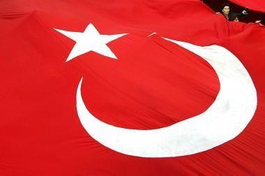 Turkijos pietryčiuose per sprogdinimą žuvo mažiausiai dešimt žmonių