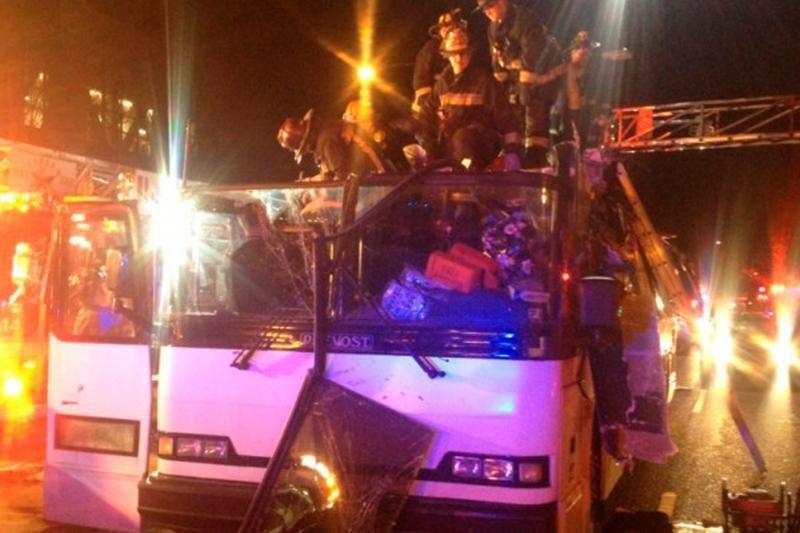 Bostone per autobuso avariją sužeisti 34 žmonės